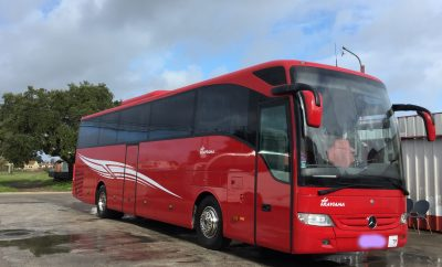 BUS Mercedes Red